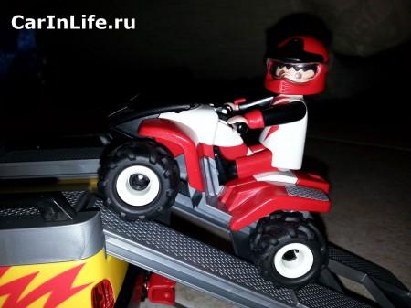 квадроцикл игрушка