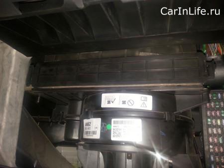 салонный фильтр Land Rover D4